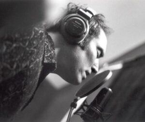 Michael Knott Singing in Black & White 2